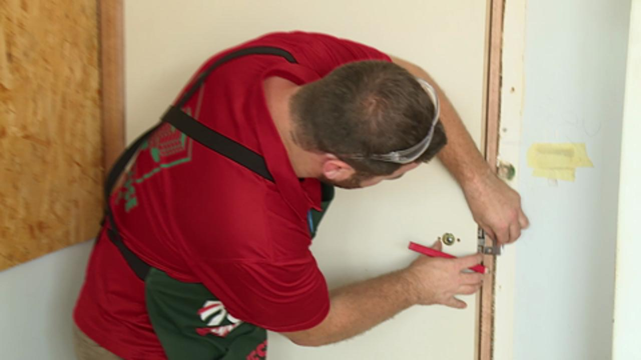 Bunnings Door Lock Installation Kit How To Install A Door Handle Bunnings Warehouse